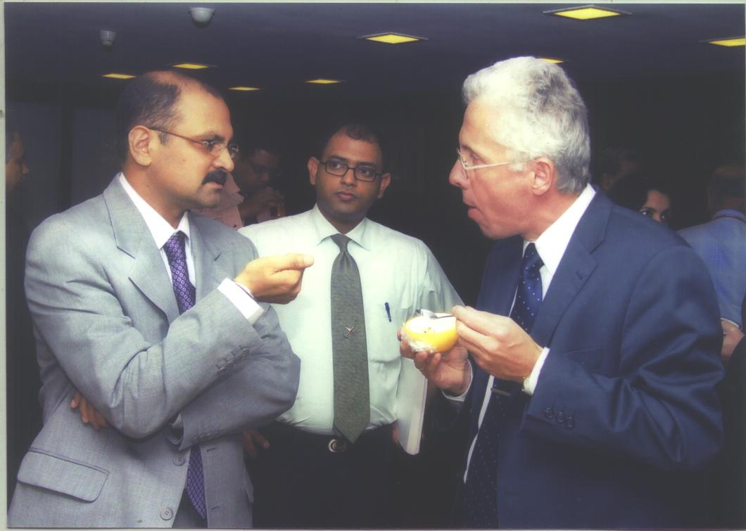 AVIS-Viswanathan-with-Wolfgang-Prockshauer